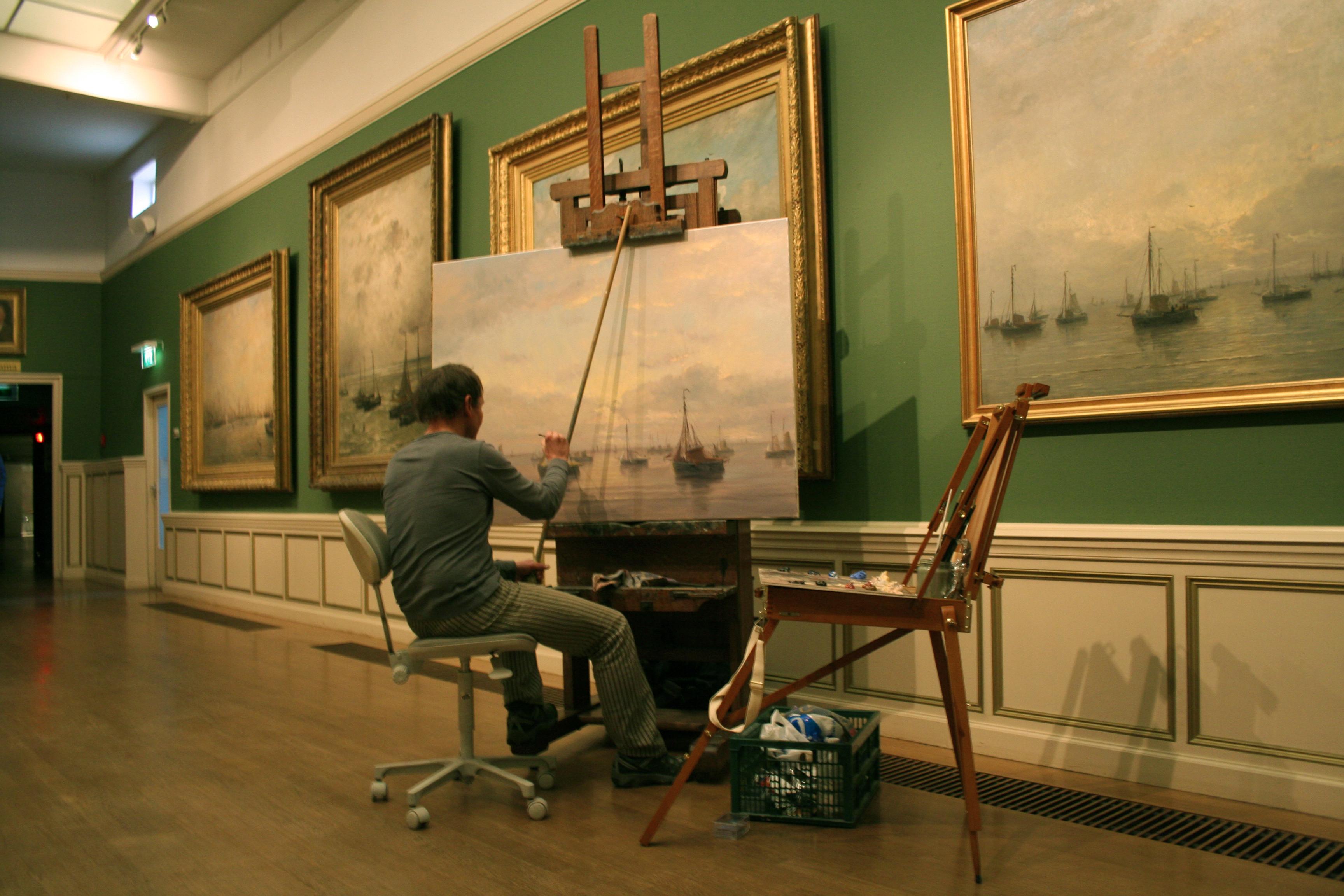 Kunstschilder Simon Balyon in het Mesdagmuseum